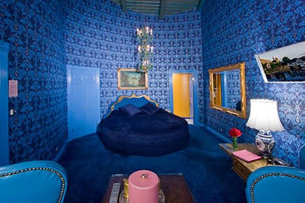 6. Vous – Madonna Inn (San Luis Obispo, California)
