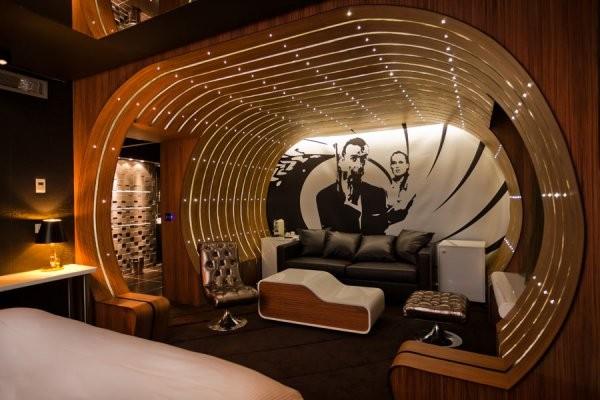 18. The James Bond Suite – Hotel Seven (Paris, France)