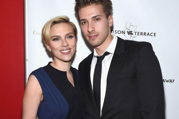 Scarlett Johansson and Hunter