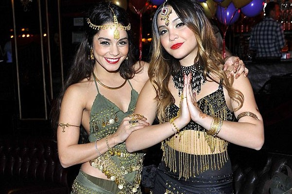 Vanessa Hudgens and Stella