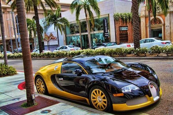 Dubai's Cabs