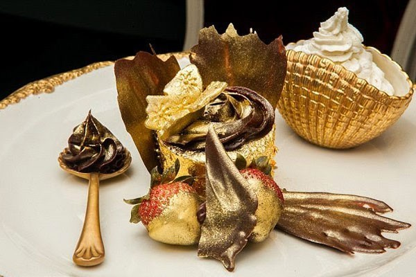 Cupcakes made of gold