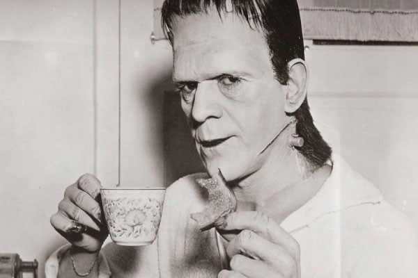 Frankenstein eating cookies