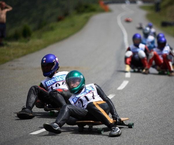 Asphalt Sled racing