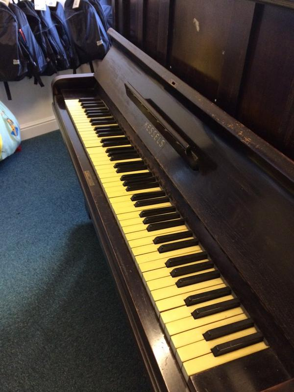 15. Restore the look of piano keys.