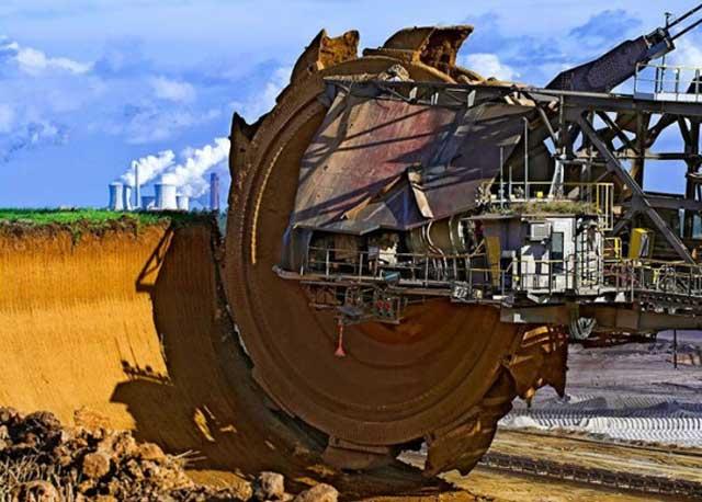 Huge excavator
