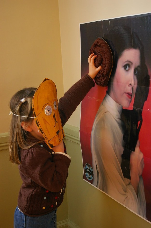 Pin the bun on Leia