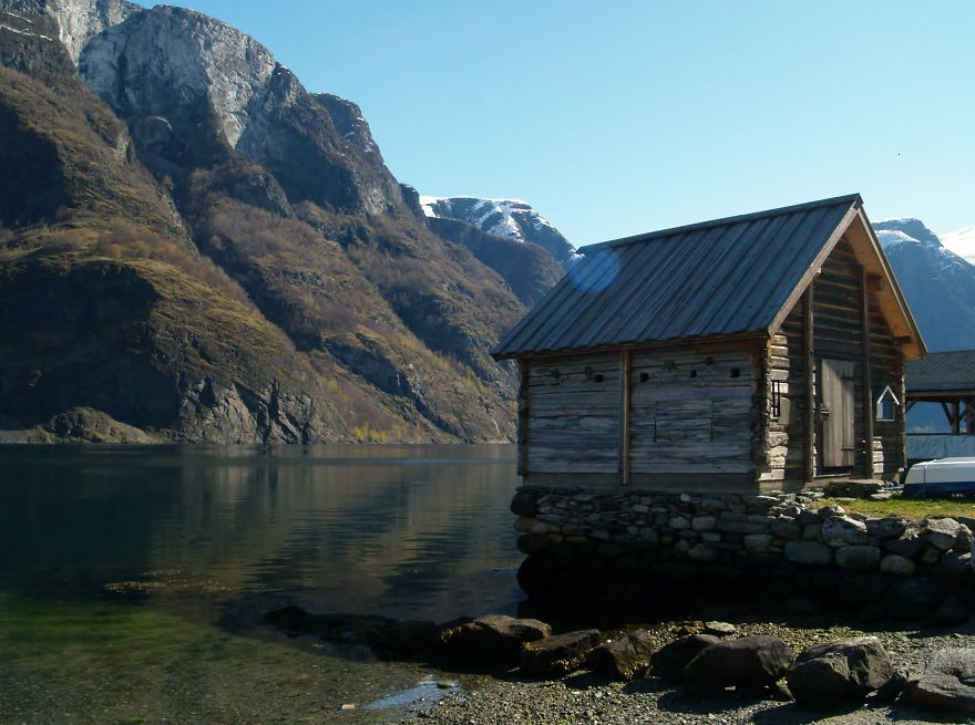 16. Fisherman shack, Undredal