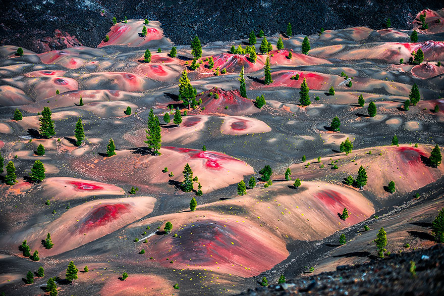 20. Painted Dunes, Lassen Volcanic National Park, Usa