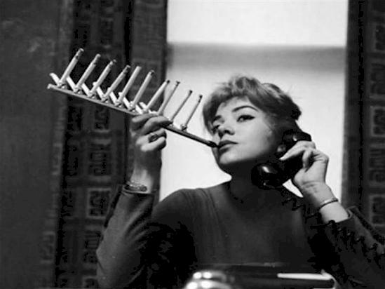 13. Cigarrete flute