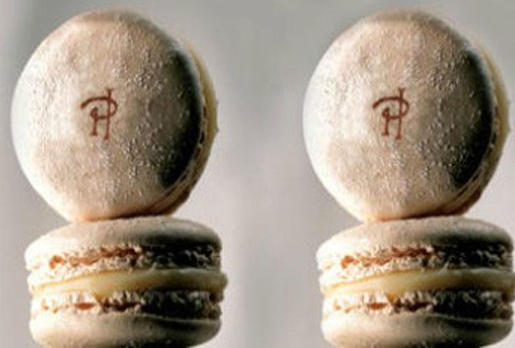 Haute Couture Macarons