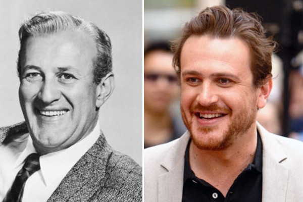 Jason Segal y Lee J. Cobb