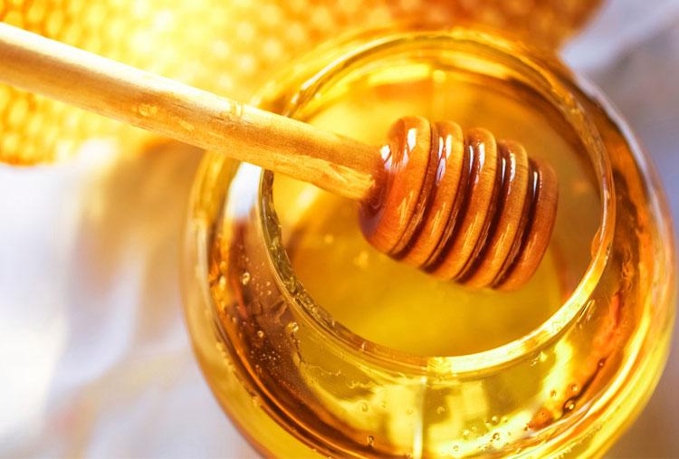 Homemade honey mask