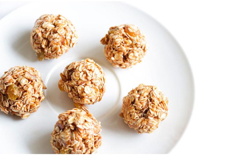 Oatmeal snack balls