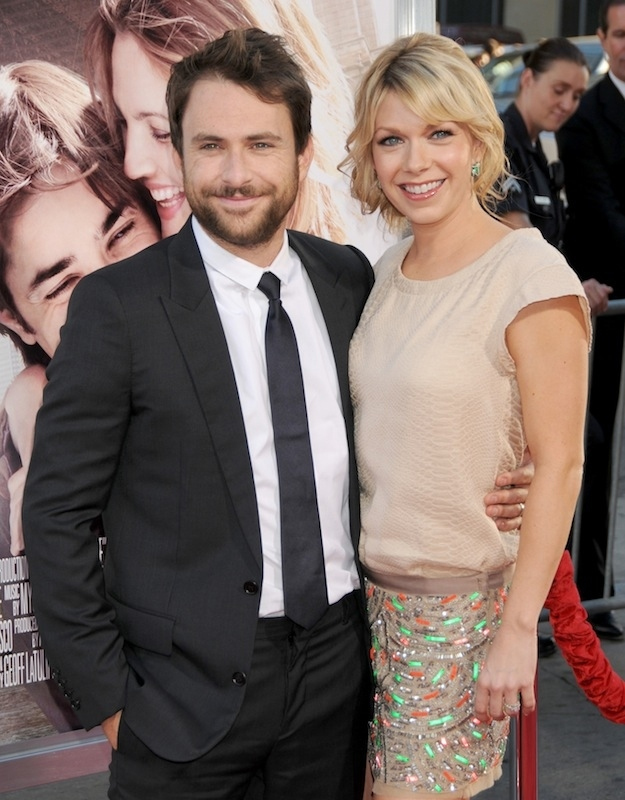"Charlie and the waitress from ""It's Always Sunny in Philadelphia"" are married in real life…"