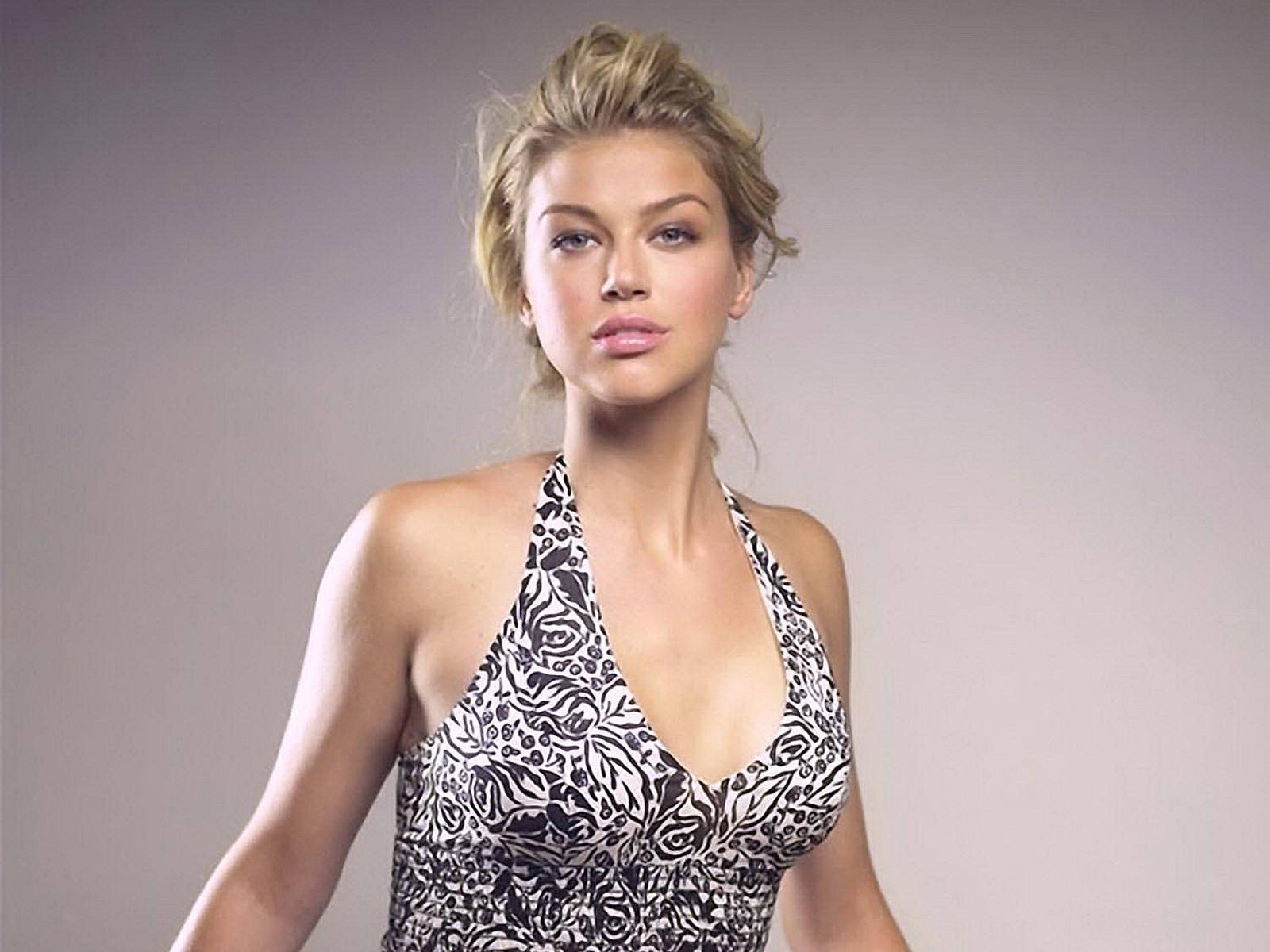 Adrianne Palicki - 5.91