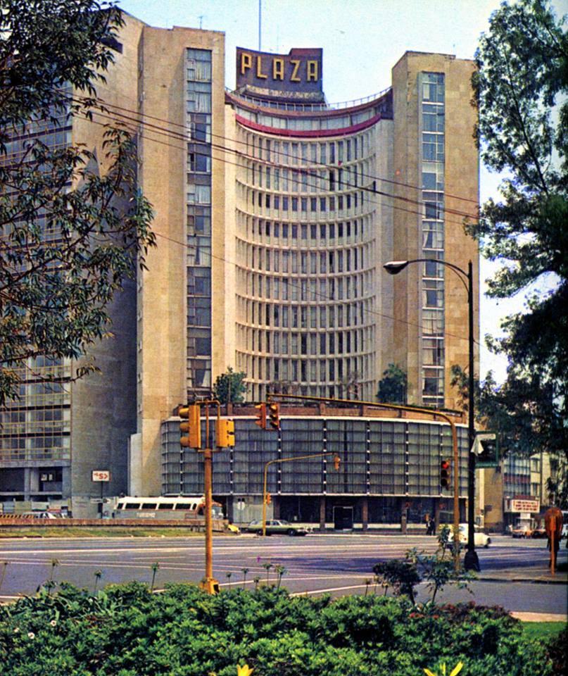 Hotel Plaza - 1970