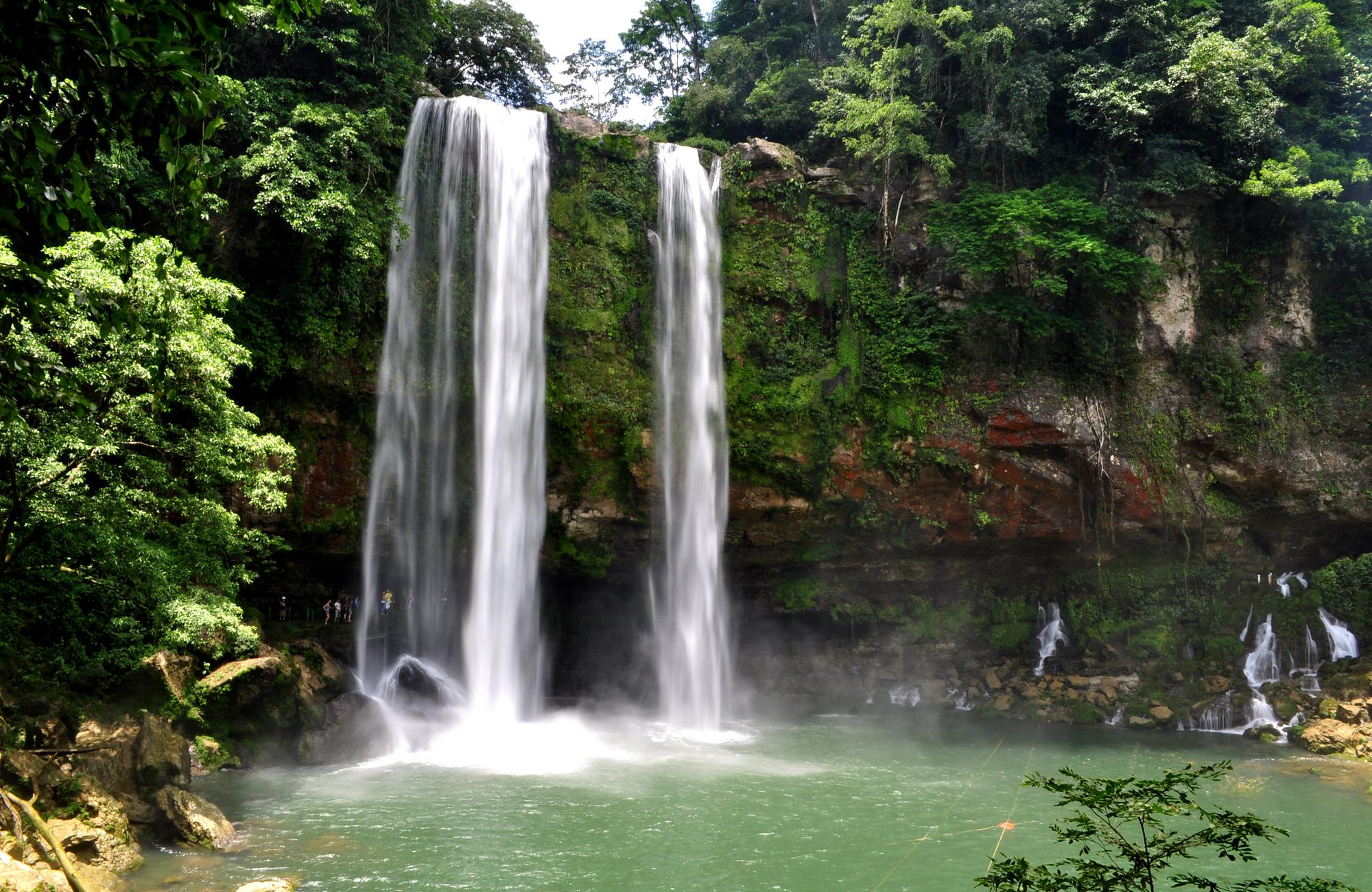 Misol-ha Falls