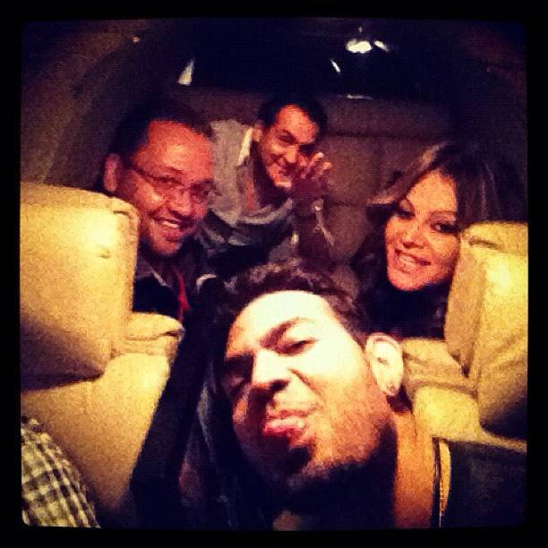 The famous photo of Jenni Rivera and her staff
