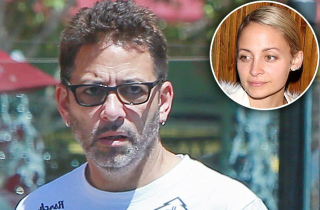 The real father of Nicole Richie was Lionel Richie's musician