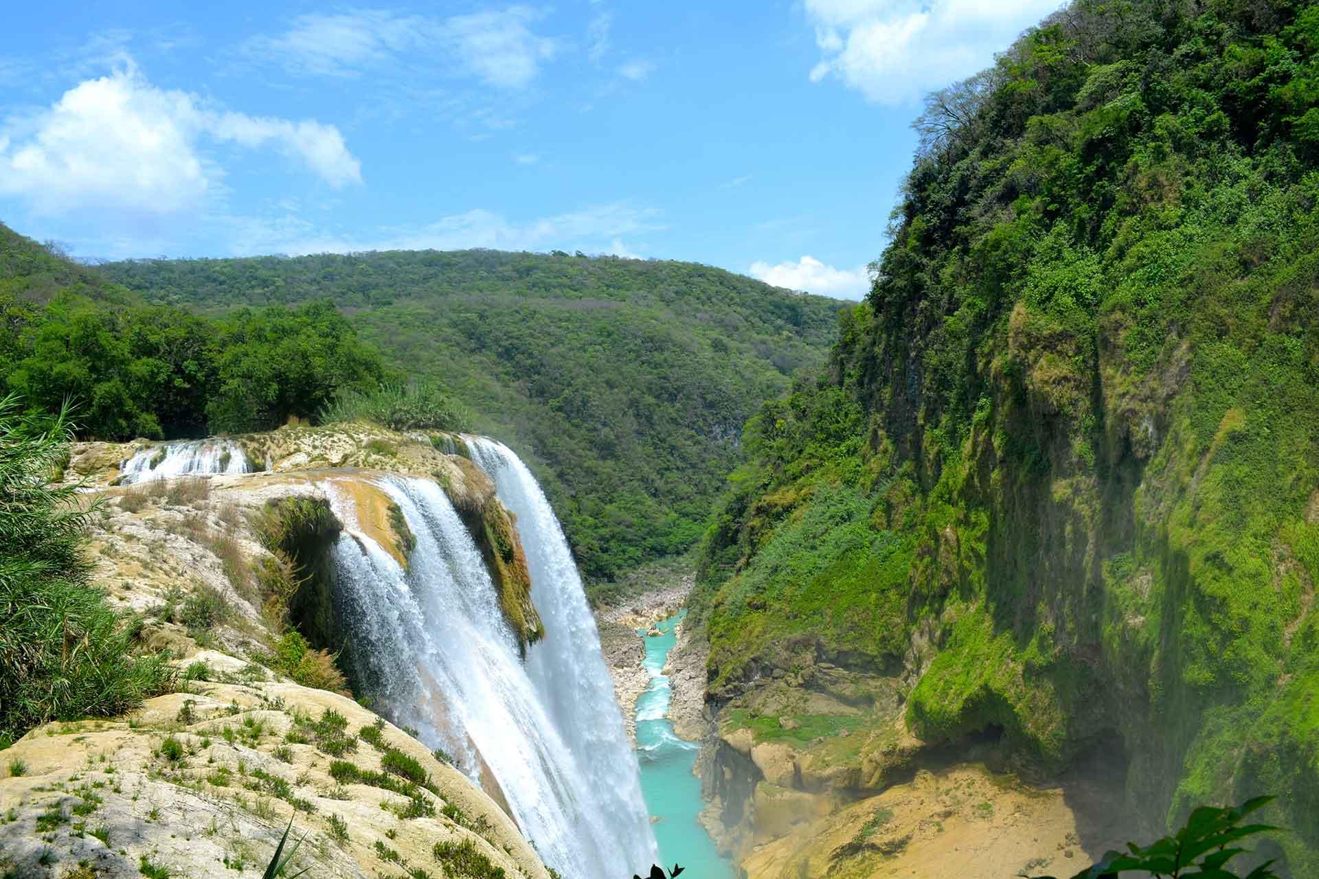 Tamul Waterfall, Tamasopo, San Luis Potosi, Mexico