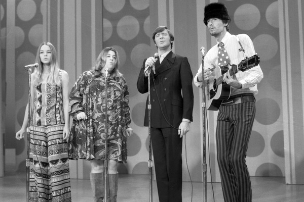 The singer of The Mamas & The Papas died for a sandwich
