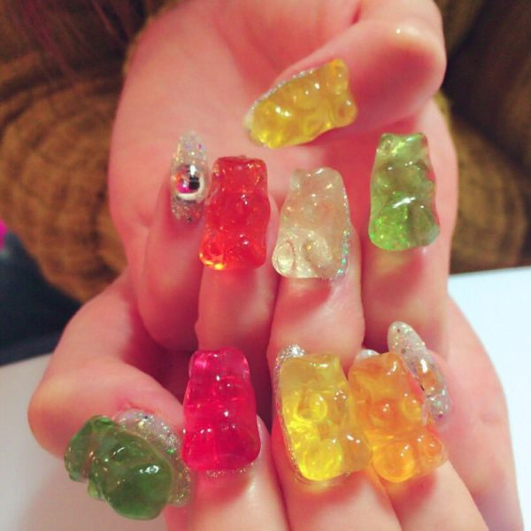 Gummy bear nails!