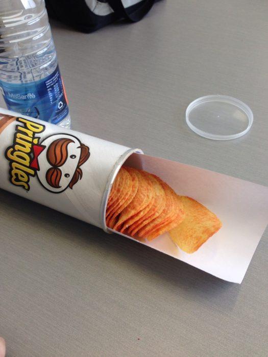 Pringles easily