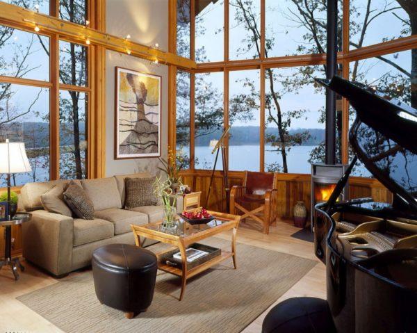11. Lake house