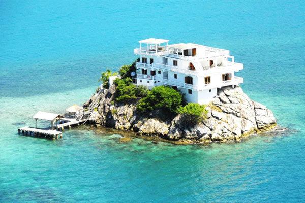 A complete villa