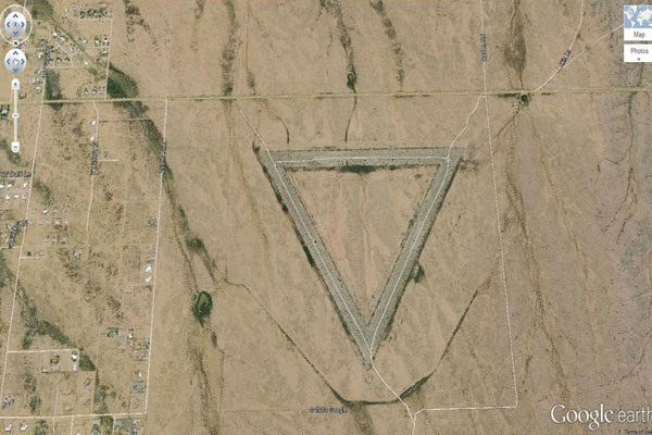 Giant Triangle